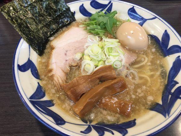 「塩らーめん」@ラーメンつけ麺 奔放の写真