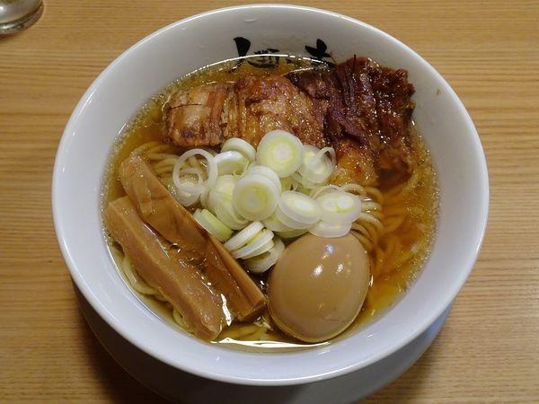 「らーめん macro:厚厚(800円)+特撰こだわり煮玉子」@人類みな麺類の写真