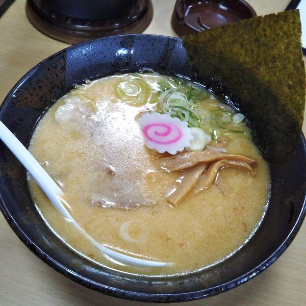 「豚骨醤油ラーメン」@二代目らーめん 翔ちゃんの写真