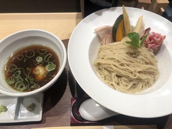 「鶏とポルチーニ茸の醤油つけSOBA・大(1000円)」@銀座 篝 本店の写真