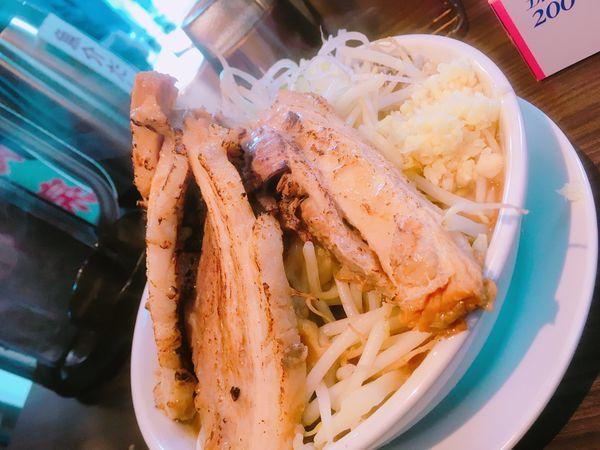 「本気の焼き豚ラーメン」@本気の焼豚 プルプル食堂の写真