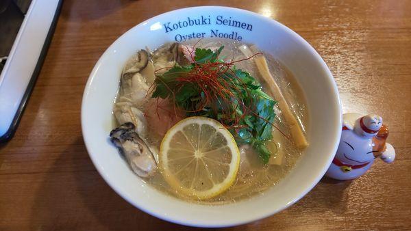 「カキそば 大盛り」@寿製麺よしかわ 川越店の写真
