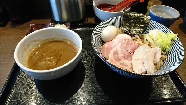 「特製つけ麺大盛」@長男、もんたいちおの写真