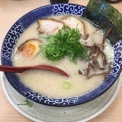 博多ラーメン鶴亀堂 三郷店の写真