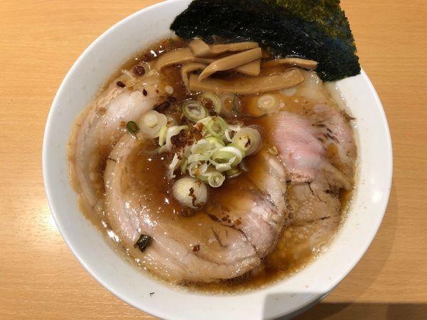 「醤油チャーシュー麺」@らぁ麺食堂 吉凛の写真