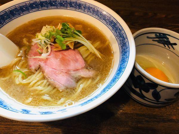 「ラーメン+生卵 750円」@燦燦斗の写真