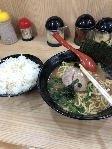 「並ラーメン」@横浜ラーメン 武蔵家 御茶ノ水店の写真