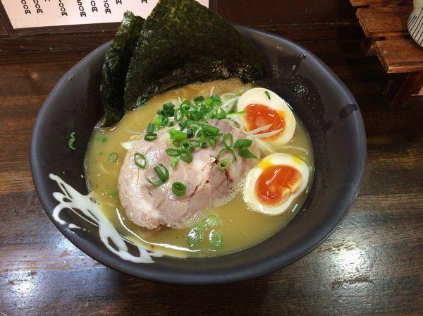 「味玉鶏白湯(醤油)ラーメン800円」@麺や 野口の写真