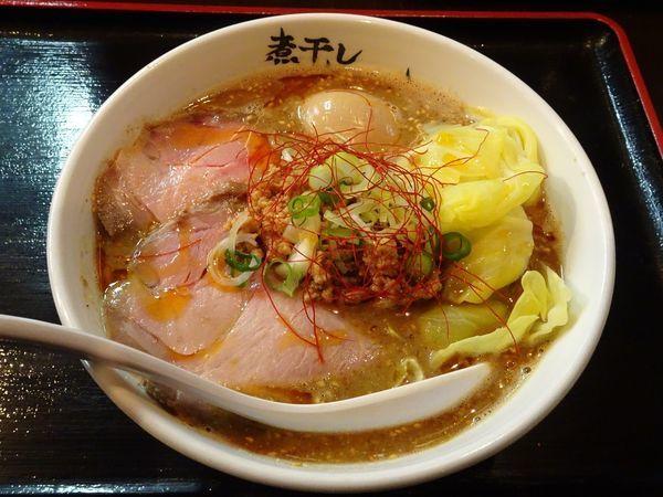 「煮干し担々麺(850円)+味玉(100円)」@つけめん らーめん 青樹 立川店の写真