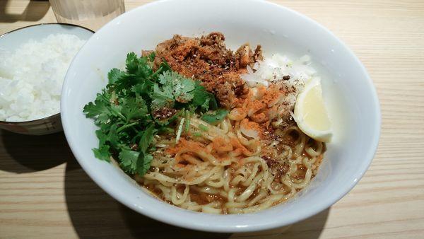 「汁なし担々麺(大盛サービス)ライス」@麺屋 みちしるべ 二子玉川本店の写真