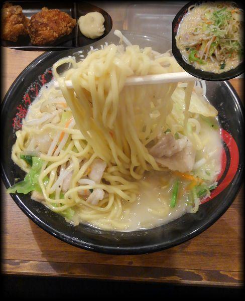 「茨城タンメン濃厚(野菜増し・タンから)」@茨城タンメン カミナリ 水戸城南店の写真