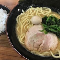 横浜家系ラーメン 壱角家 スカイツリー店の写真