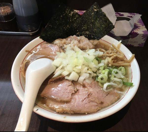 「チャーシュー麺、玉ねぎ、身入り」@手打ち中華そば 酒田の写真