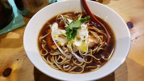 「煮干しラーメン800円」@煮干麺 月と鼈の写真