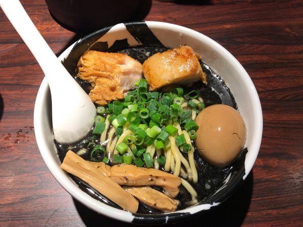 「黒武骨ラーメン 1,100円」@麺屋武蔵 武骨の写真