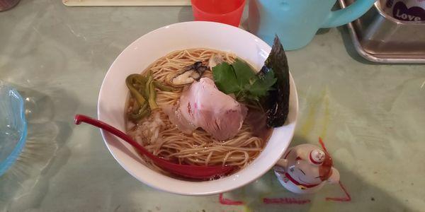 「魚貝煮干し中華そば(大盛り)」@つけ麺屋 丸孫商店の写真