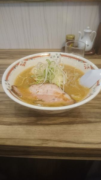 「味噌卵ラーメン」@味噌らーめん専門店 狼スープの写真