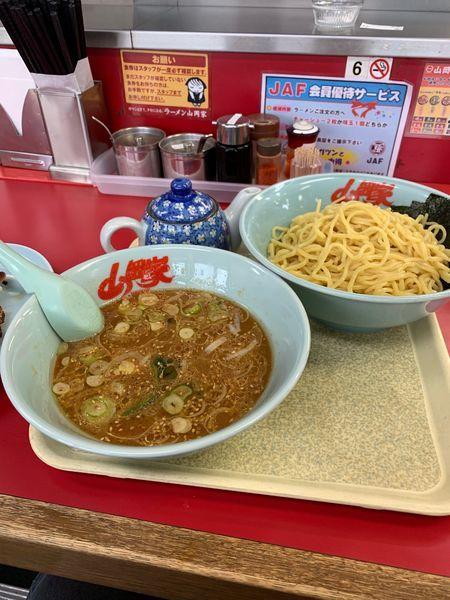 「味噌つけ麺大盛」@山岡家 北九州店の写真