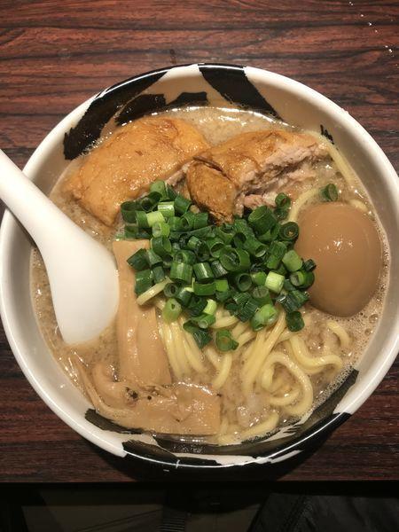 「白武骨らー麺」@麺屋武蔵 武骨の写真