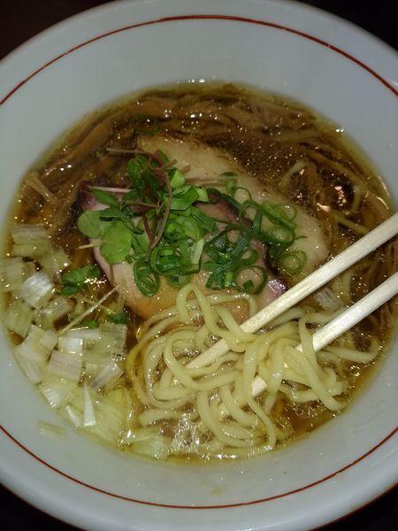 「虎徹そば(醤油・手もみ麺)」@麺や 虎徹の写真