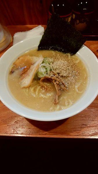 「豚骨ラーメン醤油」@麺や松吉 中野店の写真