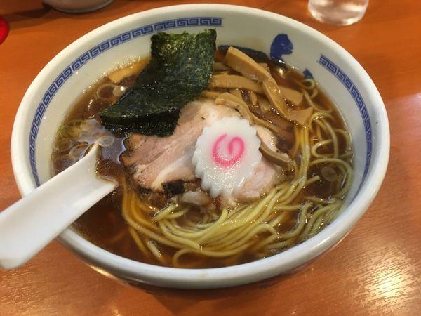 「醤油(大盛)」@たけちゃんにぼしらーめん 調布店の写真