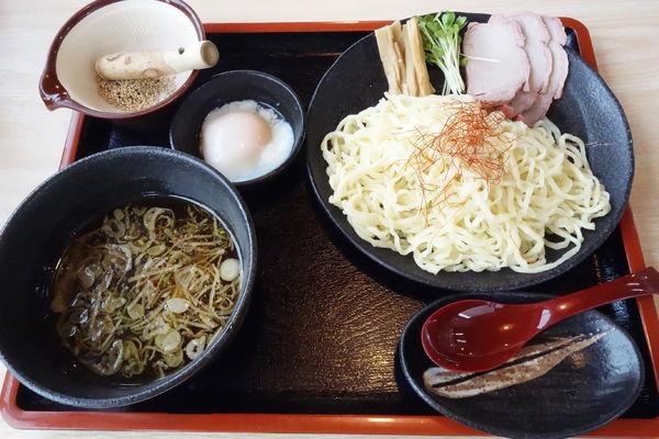 「温玉つけ麺 1.5玉」@手打ち中華そば 和屋の写真