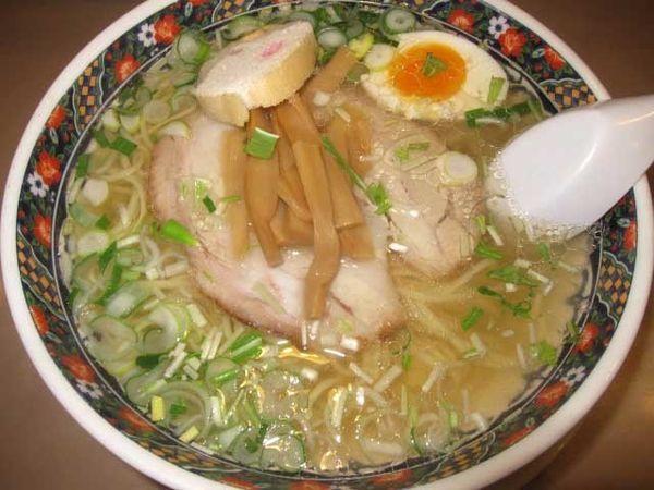 「味彩塩拉麺 750円」@麺厨房あじさい JR函館駅店の写真