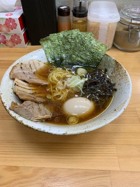 「九州醤油ラーメン+全部盛り」@つけ麺・ら〜めん 辰寅 宗像店の写真