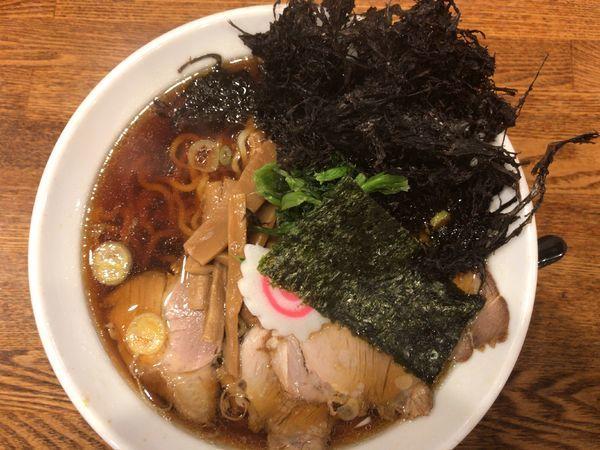 「生姜醤油ラーメン730円+黒ばらのり(ラーバス無料)」@らーめん みずさわ 東川口店の写真