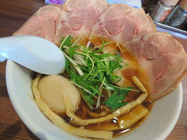 「特製つる屋醤油らぁめん(並・中太麺)」@上州熟成醤油らぁめん つる屋の写真
