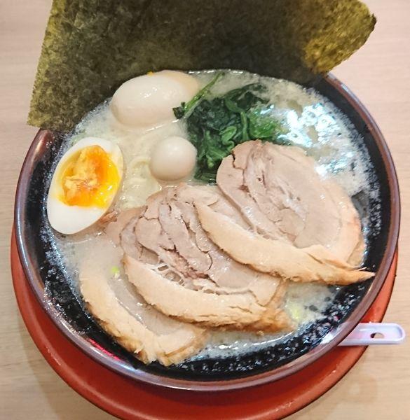 「塩MAXラーメン(950円)」@伊勢佐木家 武蔵浦和店の写真