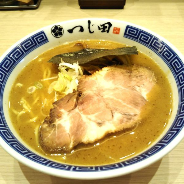 「濃厚ラーメン(160g)」@つじ田 池袋西口店の写真
