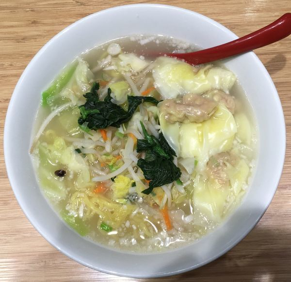 「野菜わんたん麺」@雲呑好 ecute立川店の写真
