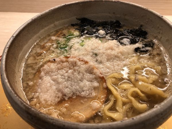 「背脂濃厚煮干そば 800円」@麺屋 音 柏店の写真