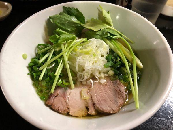 「4周麺!(淡口焦がし醤油蕎麦)」@麺s慶の写真