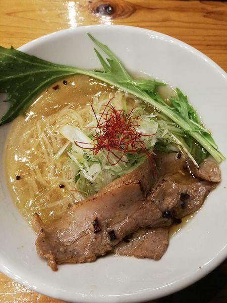 「潮薫醤油ラーメン」@麺劇場 玄瑛の写真