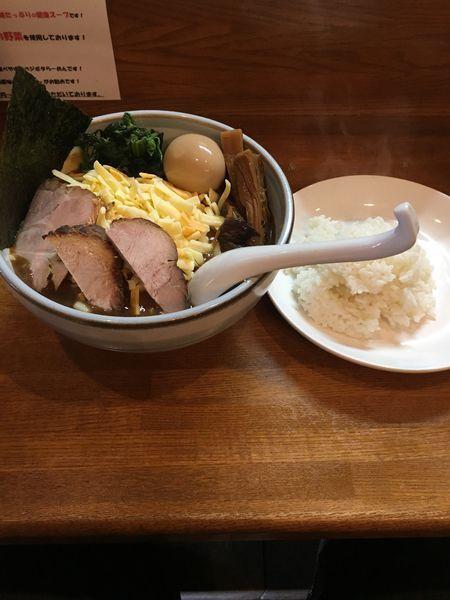 「チーズマウンテンカレーラーメン」@藤原らーめん店・カレー店の写真