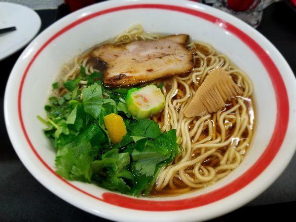 「アゴだし醤油らーめん」@自家製麺SHINの写真