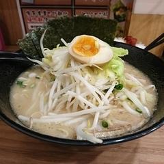 横浜家系 つけ麺らーめん 春樹 与野店の写真