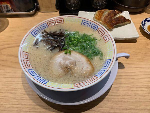 「とんこつラーメン」@とんこつラーメン 餃子 大平軒の写真