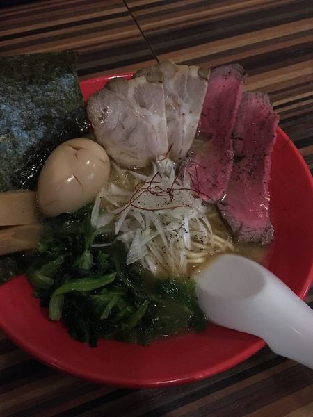 「牛骨ラーメン 全部入り」@RAMEN DINING JinGuの写真