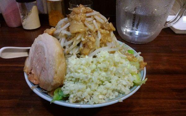 「ラーメン250g豚1枚(ニンニク・アブラ・カラメ)600円」@中華そば 伸 Chinese-style noodle NOBUの写真