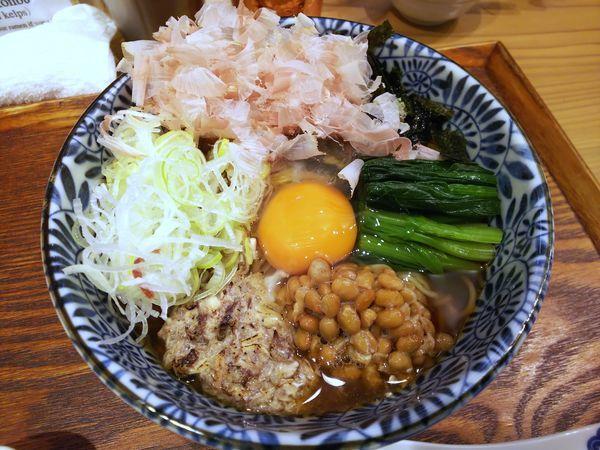 「京ひっぱり出汁そば(黒醤油) 1000円」@麺屋 猪一 離れの写真