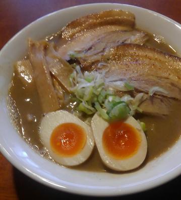 「特製らーめん」@麺屋かとうの写真
