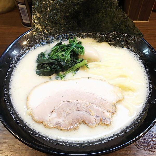 「塩ラーメン(麺普通味薄め油少なめ)」@横濱家系ラーメン 秋津商店の写真