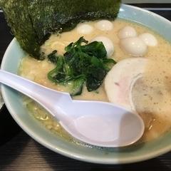 横浜家系ラーメン 魂心家 青葉台店の写真