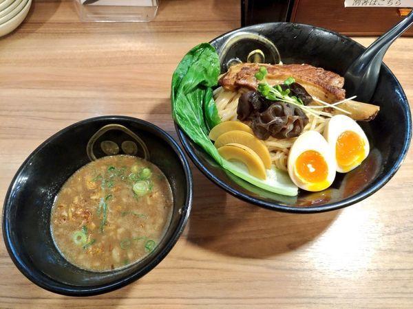 「春限定 豪快!スペアリブ醇香煮干つけ麺」@琉球島豚 麺屋なりよしの写真