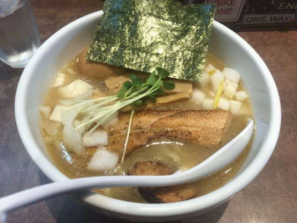 「ホタテ69らーめん+味玉:950円」@NOODLE SOUNDSの写真