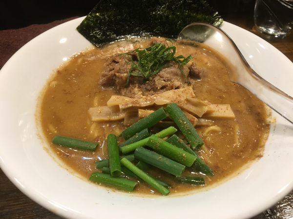 「牛すじごま味噌らぁ麺+チャーシュー丼」@Soupmenの写真